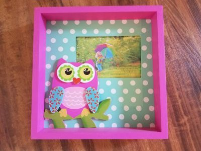 Owl Frame, can stand or be put on the wall, 7.5 x 7.5