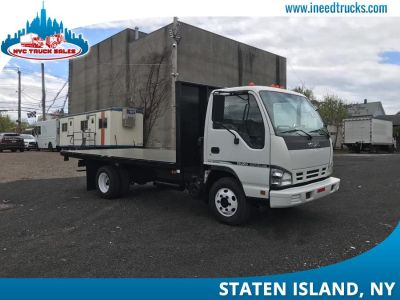 2007 Isuzu NPR FLATBED RACK BODY (White)