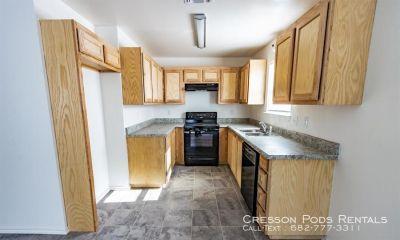 Single-family home Rental - 6057 Sanchez Dr