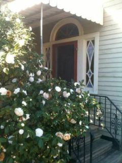 x0024400 Downtown room for rent in historic house- $400 (Buchanan at Vine)