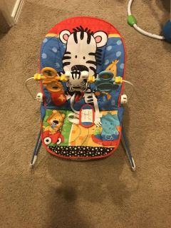 Baby Bouncy Seat with removable toys