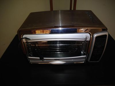 Nice Oster Convection oven used 1 time