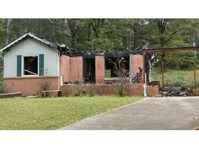 3 Bed 1 Bath Foreclosure Property in Pinson, AL 35126 - Old Bradford Rd