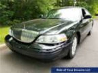 2010 Lincoln Town Car Signature Limited 2010 Lincoln Town Car Signature Limited