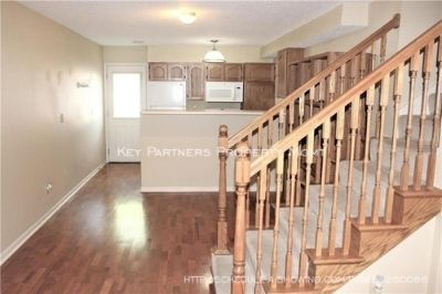 1577 E 120th - CUTE Town Home!