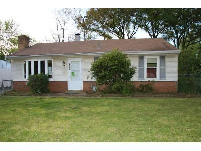 3 Bed 1 Bath Foreclosure Property in Croydon, PA 19021 - Spencer Dr