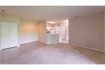 South Plainfield \ Apartment \ $1,755/mo - convenient location.