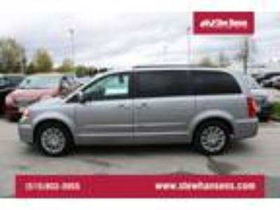2016 Chrysler Town & Country Touring-L ANNIVERSARY EDITION/NAV/SUNROOF