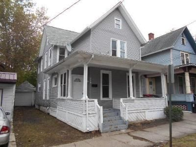 3 Bed 1.5 Bath Foreclosure Property in Erie, PA 16502 - Walnut St