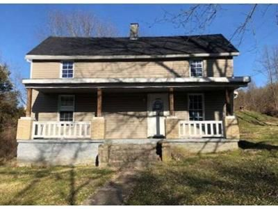 3 Bed 1 Bath Foreclosure Property in Winchester, KY 40391 - Pilot View Rd