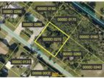 Land for Sale by owner in Bokeelia, FL