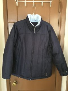 Navy blue winter coat. Size large. Great condition!