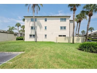 1 Bed 1 Bath Foreclosure Property in Seminole, FL 33772 - Park Blvd Apt 106