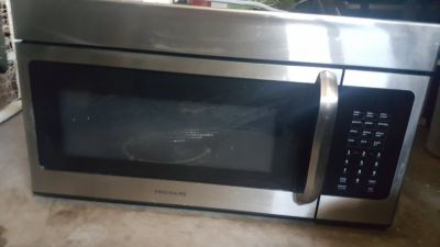 Convection Oven / Microwave Frigidaire