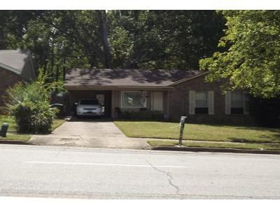3 Bed 1.5 Bath Preforeclosure Property in Memphis, TN 38128 - Saint Elmo Ave