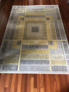 3-different size area rugs