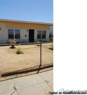 1614 W 84th Pl, Los Angeles, CA 90047