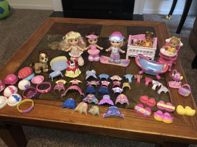 Dolls & babies with snap clothes and accessories