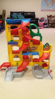 Fisher price little people car track
