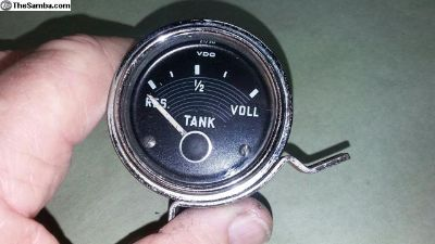 Early 6 volt deluxe VDO fuel gage, bug and ghia.
