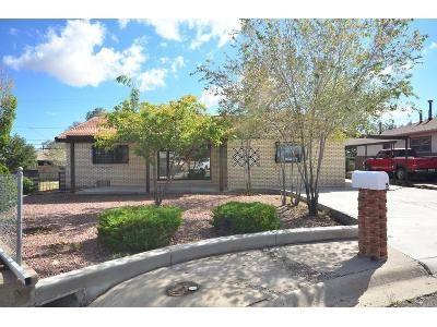 3 Bed 2 Bath Foreclosure Property in Gallup, NM 87301 - Idaho Cir