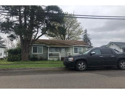 3 Bed 2 Bath Preforeclosure Property in Harrisburg, OR 97446 - N 7th St