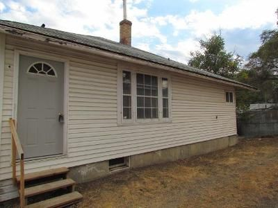 1 Bed 1 Bath Foreclosure Property in Rock Springs, WY 82901 - 1/2 K St