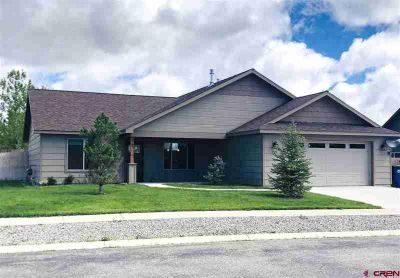 719 Mississippi Drive BAYFIELD Three BR, What a terrific