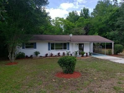 2 Bed 1 Bath Foreclosure Property in Dunnellon, FL 34431 - SW Rainbow Lakes Blvd