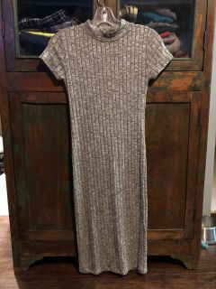 Sweater dress. Small