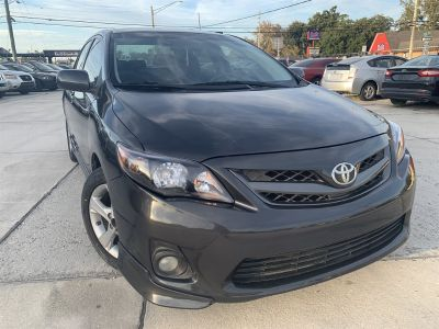 2011 Toyota Corolla Base (Grey)