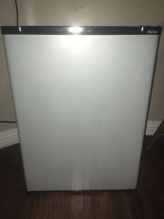 Haier Mini Fridge