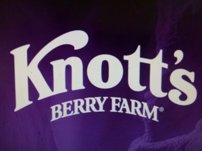 Knott's Berry Farm (x2)