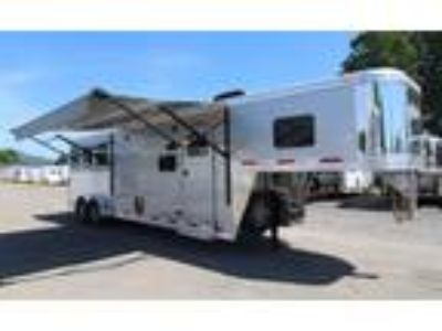 2019 Exiss Escape 7310 Dinette Easy Care Flooring 3 horses