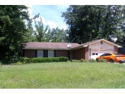 3 Bed 2 Bath Foreclosure Property in Macon, GA 31220 - Greentree Pkwy