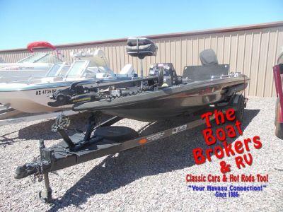 1988 Bass Cat Sabre 18' Boat