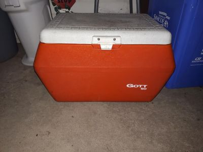 Large cooler with drain