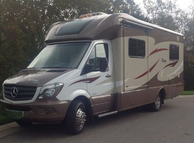 By Owner! 2015 24ft. Winnebago View 24V w/slide