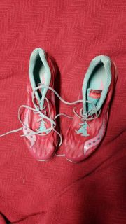 Saucony cross country size 11 but runs very small 5.00