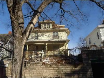 3 Bed 2 Bath Foreclosure Property in Saint Joseph, MO 64501 - Jules St