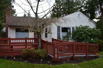 Single Family Home in Seattle - Sand Point