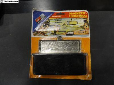 Vintage Magnetic-Universal Ashtray