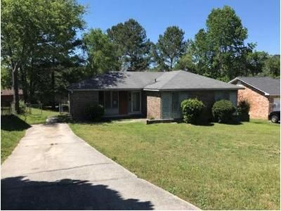 3 Bed 2 Bath Foreclosure Property in Columbia, SC 29203 - Fair Oaks Dr