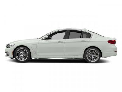 2018 BMW 5-Series 530e xDrive iPerformance (Alpine White)