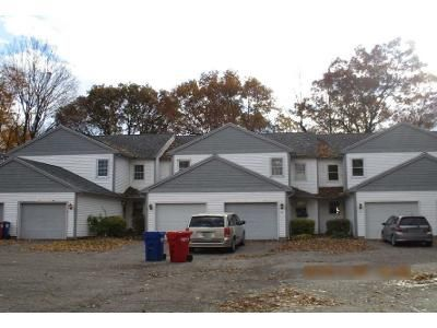 3 Bed 1.5 Bath Foreclosure Property in Colchester, VT 05446 - Porters Point Rd Unit 5