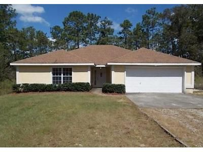 3 Bed 2 Bath Foreclosure Property in Dunnellon, FL 34431 - NW Water Oak Ave