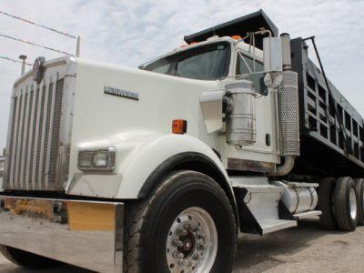 $7,390 Down / Tandem Axle Dump Truck / 514k Miles