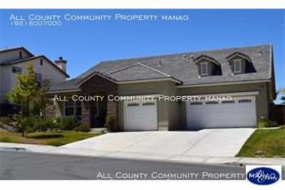 4 Bedroom 3.5 Bathroom Two Story Home for Rent in Murrieta