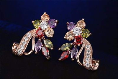 High quality 24k Rose Gold plated Austrian Crystal and Cubic zircon Stone Earrings..