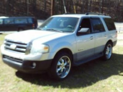 2007 Ford Expedition XLT (Silver)